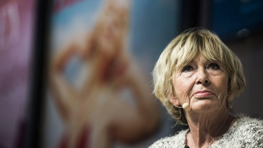 Mimi Jakobsen behandlet af Søren Malling